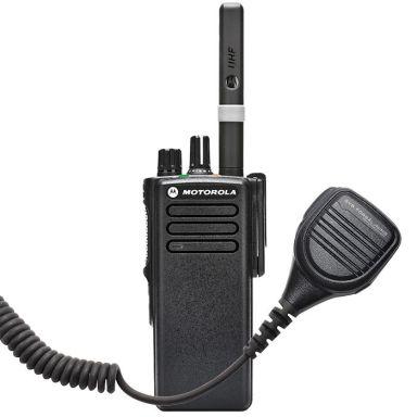 Motorola DP4400 + SVB42235 Komradiopaket